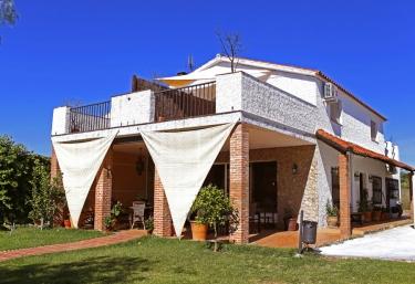 Casa Rural Parque Natural de Cornalvo - Mirandilla, Badajoz