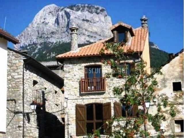 Casa Rural El Retiro En Laspu A Huesca