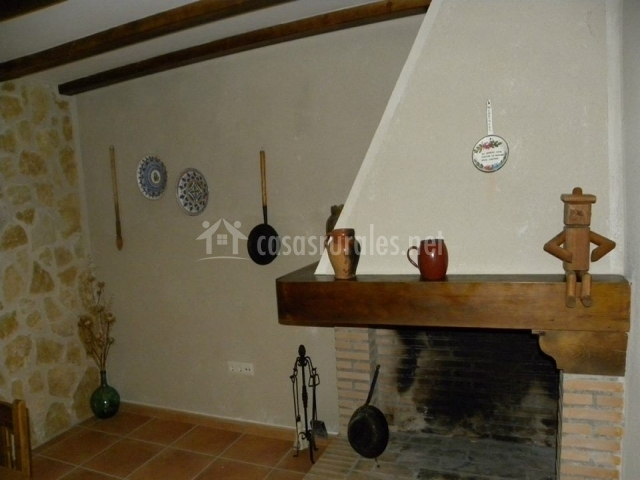 Casa paula i en zarzuela del monte segovia - Objetos decorativos salon ...