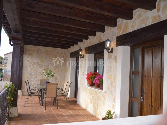 casa paula i en zarzuela del monte segovia On porche con terraza encima