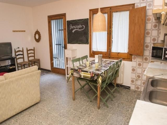 Can vila de montseny en montseny barcelona for Casa rural montseny