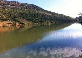 Zona natural con el río