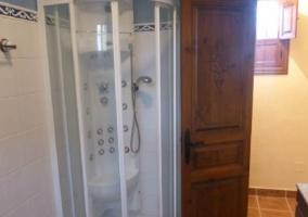 Aseo de la casa con ducha