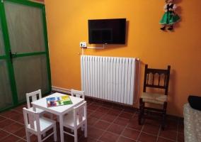 Sofá cama en sala de niños