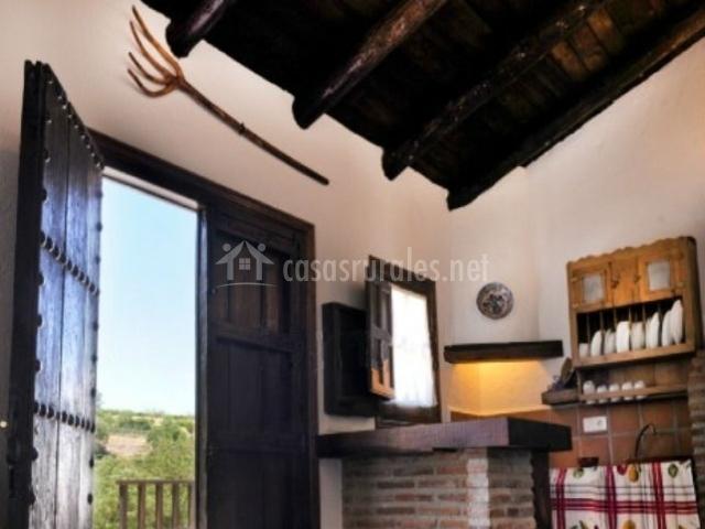 Los molinos del tajo casa i en ronda m laga for Cocina abierta sala de estar