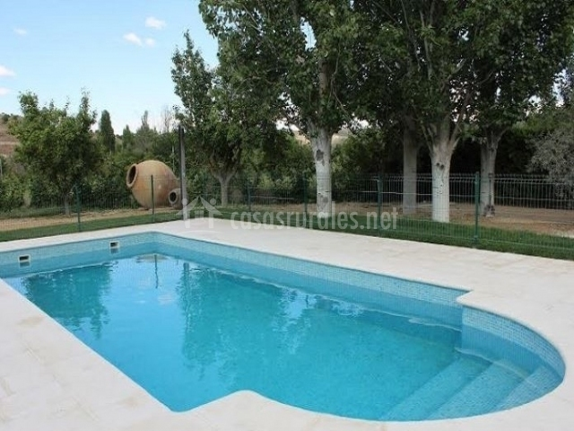Casa rural v a verde del taju a en perales de taju a madrid for Casa rural madrid piscina