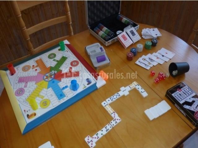 Juegos de mesa de la casa rural