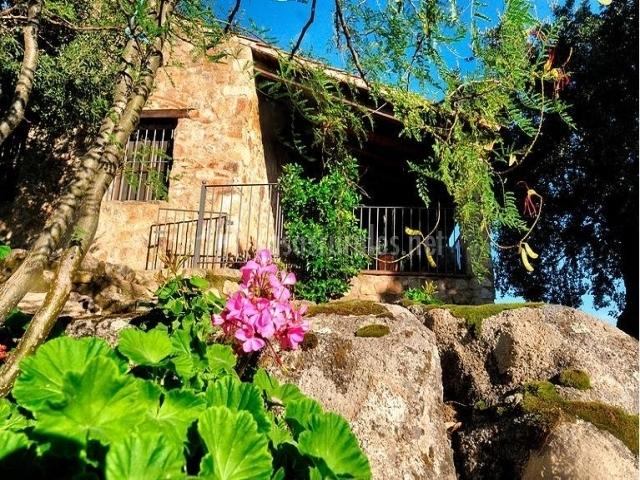 Casa navafr a en montanchez c ceres for Casa rural jardin del desierto
