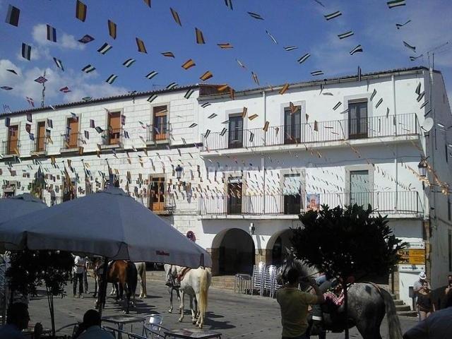 Casa navafr a casas rurales en montanchez c ceres - Montanchez casa rural ...