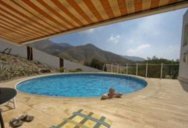 Casas rurales con piscina en aguilas for Casas vacacionales con piscina
