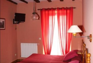 Hostal Ekaitza- Habitaciones - Lesaca/lesaka, Navarra