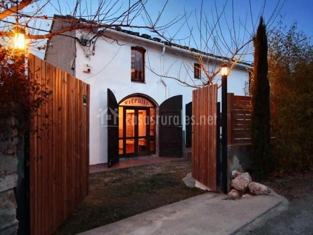 Casa rural cervecera les canyes en pontons barcelona - Casa rural economica barcelona ...