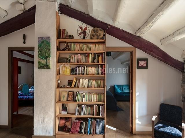Salón con libros