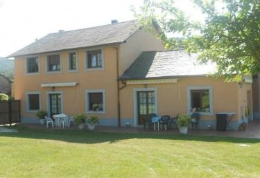 Apartamentos vacacionales casa Rosi - Ranon, Asturias