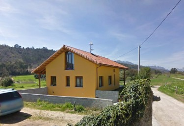 Casas rurales con chimenea en pendueles for Casa rural con chimenea asturias
