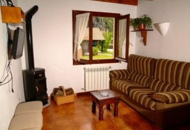 Casas rurales con chimenea en picos de europa for Casa rural con chimenea asturias
