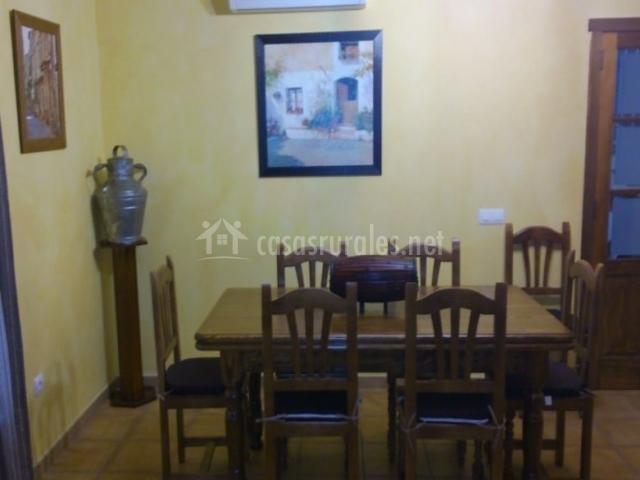 Casa rural la canaleja en romangordo c ceres for Sala de estar madera