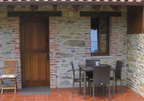 Muebles del exterior de la casa rural
