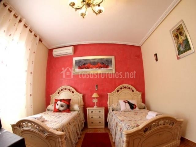 Habitación doble roja