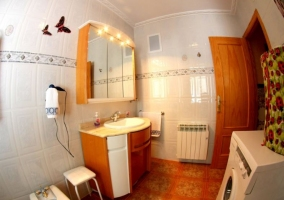 Baño con lavadora