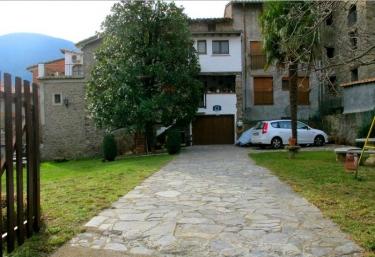 Can Bel - Pueblo Riudaura, Girona