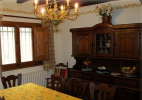Cocina y salón comunicados