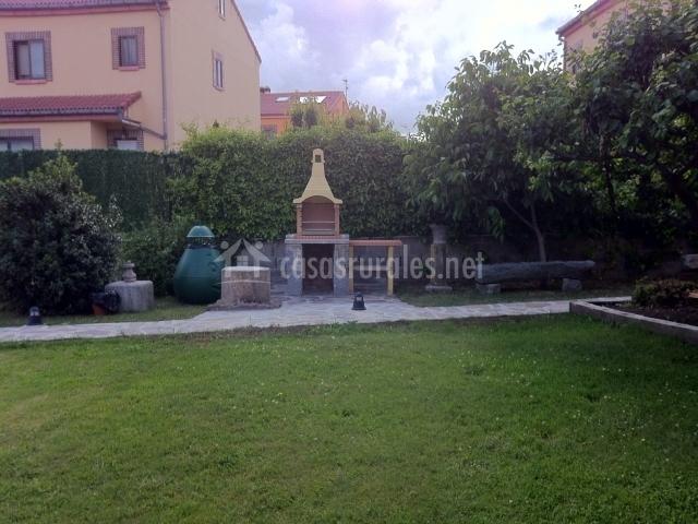 El balc n de pilatos en palazuelos de eresma segovia - Barbacoa de balcon ...