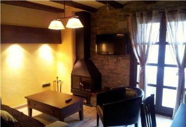 Apartamento con Encanto en Campo - Campo, Huesca