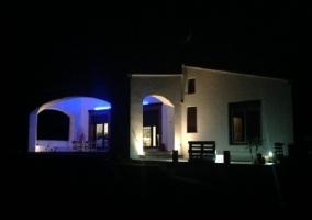 Casa vista de noche
