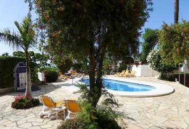 Casas rurales con piscina en puerto de la cruz for Casas rurales baratas en tenerife con piscina