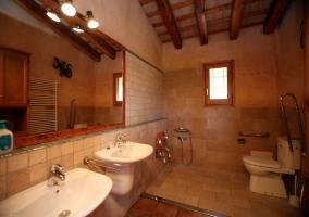 Otro punto de vista del cuarto de baño