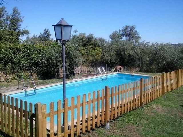 Casa rural jard n de la sierra de gata en hoyos c ceres for Casas rurales en caceres con piscina