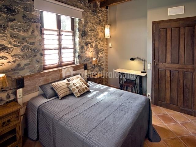 Dormitorio Matrimonio Rustico : Urkulu landetxea en aretxabaleta guipúzcoa