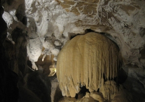 Cueva de Otsondo.JPG