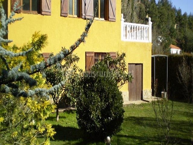 Casa el jardin del moncayo rural en san martin de moncayo for Casa rural jardin del desierto tabernas