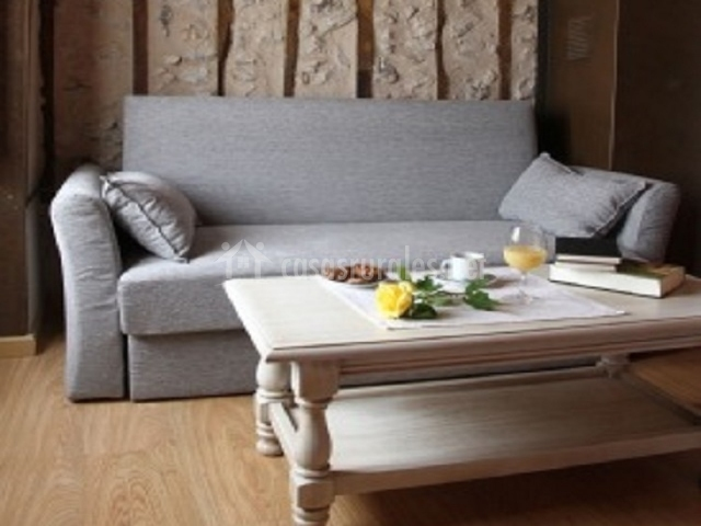 Apartamento tur stico san roque en fuenterrebollo segovia - Sofa dormitorio ...