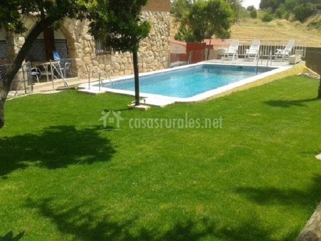 Alojamiento rural finca fuente vieja en ribatejada madrid - Alojamiento rural con piscina ...