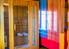 Sauna finlandesa en el salón
