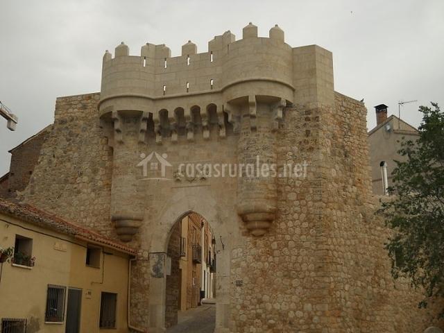 Puerta de Santa María en Hita