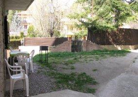 Jardín amueblado