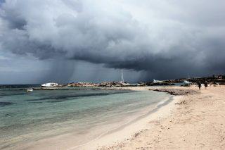 5 planes en Formentera con lluvia